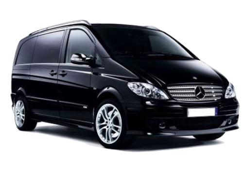 Mercedes Viano del Servizio Taxi a Vieste